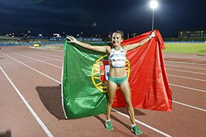 Portugal participa pela primeira vez nos Jogos do Mediterrâneo, que se realizam em Tarragona, na Catalunha.